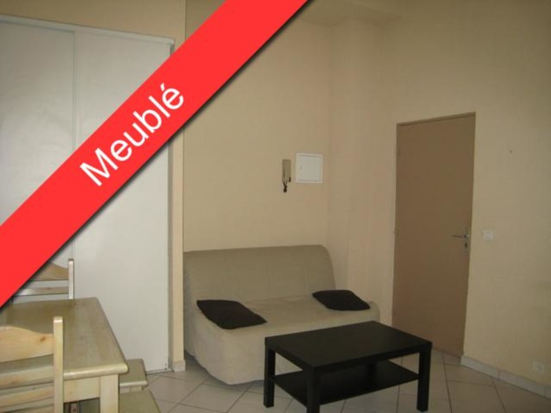 Rental apartment Aix en provence 490€ CC - Picture 1