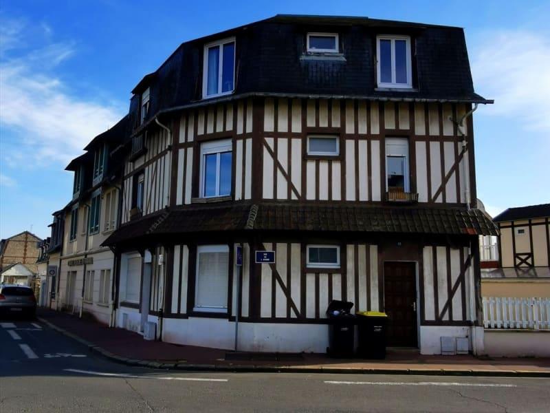 Sale apartment Deauville 296000€ - Picture 1