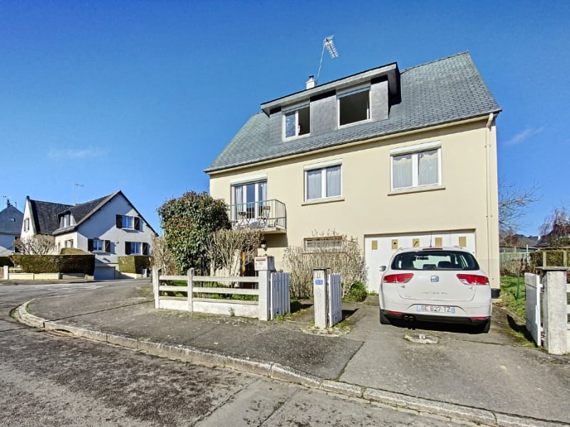 Sale house / villa Bruz 320850€ - Picture 1