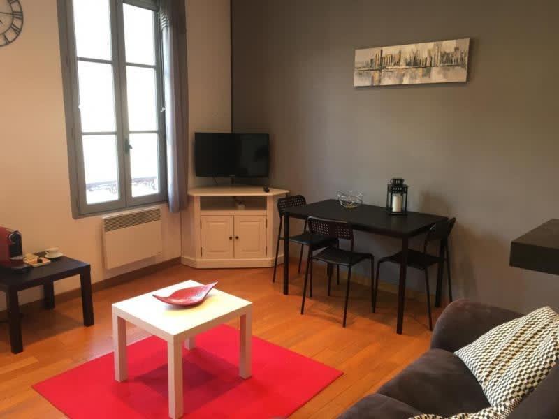 Rental apartment St germain en laye 1045€ CC - Picture 2