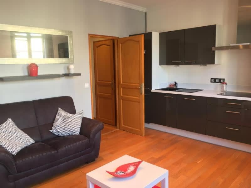 Rental apartment St germain en laye 1045€ CC - Picture 3