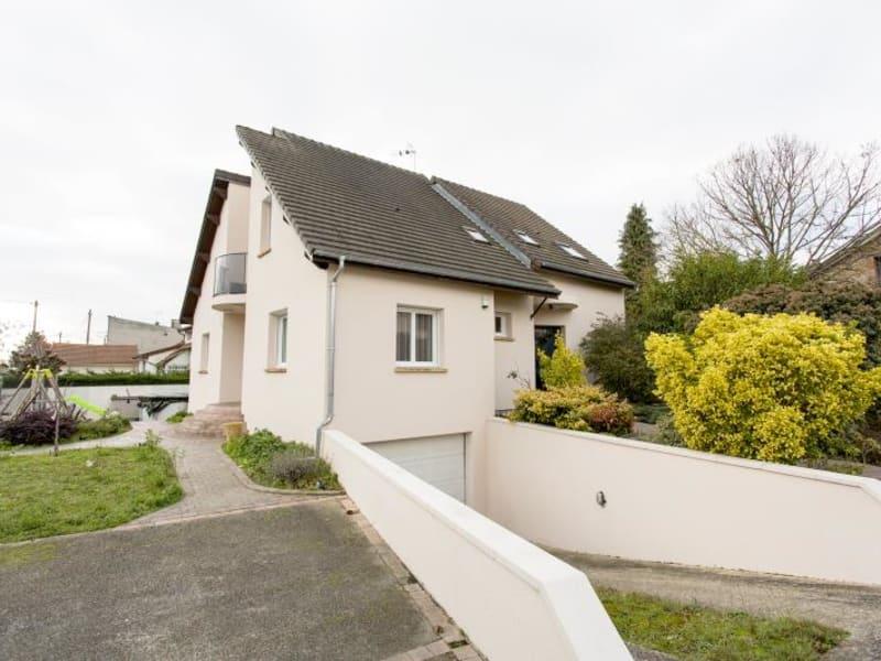 Sale house / villa Taverny 561600€ - Picture 10