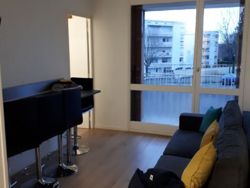 Location appartement Saint quentin 440€ CC - Photo 1
