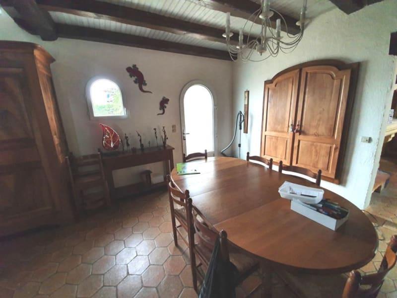 Sale house / villa Étriac 221500€ - Picture 5