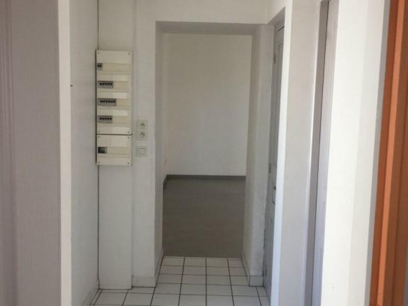 Location appartement Barbezieux-saint-hilaire 565€ CC - Photo 6