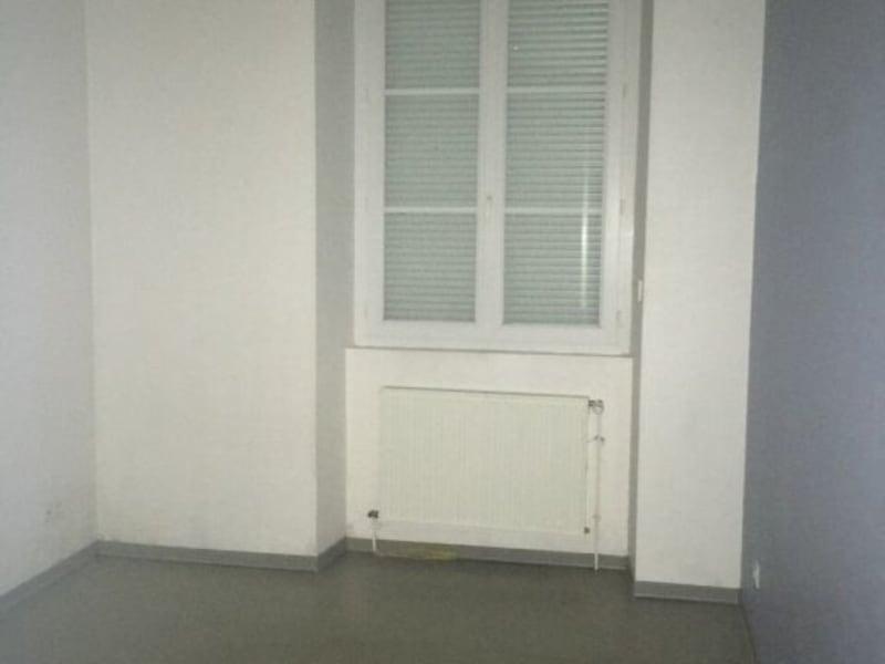 Location appartement Barbezieux-saint-hilaire 565€ CC - Photo 10