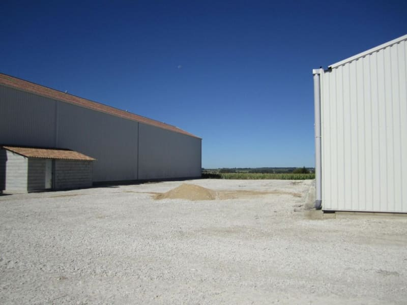 Sale empty room/storage Barret 630000€ - Picture 3