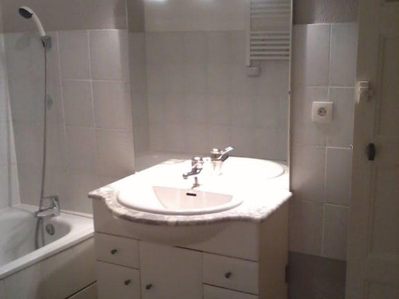 Rental apartment Bourgoin jallieu 460€ CC - Picture 4