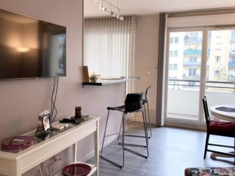 Rental apartment Courbevoie 2 090€ CC - Picture 5