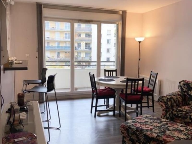 Rental apartment Courbevoie 2 090€ CC - Picture 6