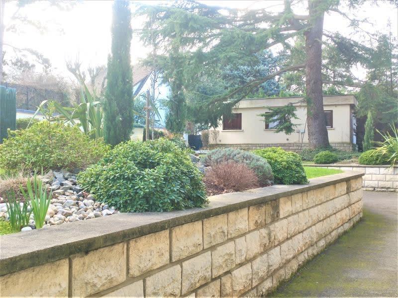 Rental apartment La varenne st hilaire 500€ CC - Picture 1