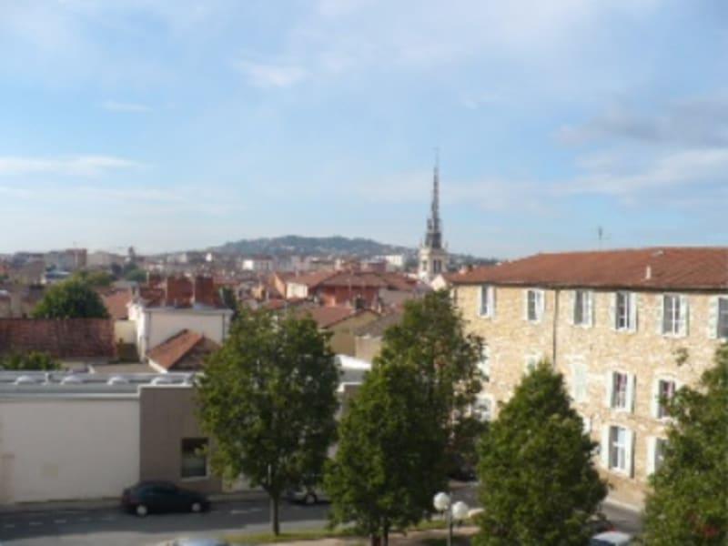 Location appartement Villefranche sur saone 607€ CC - Photo 8