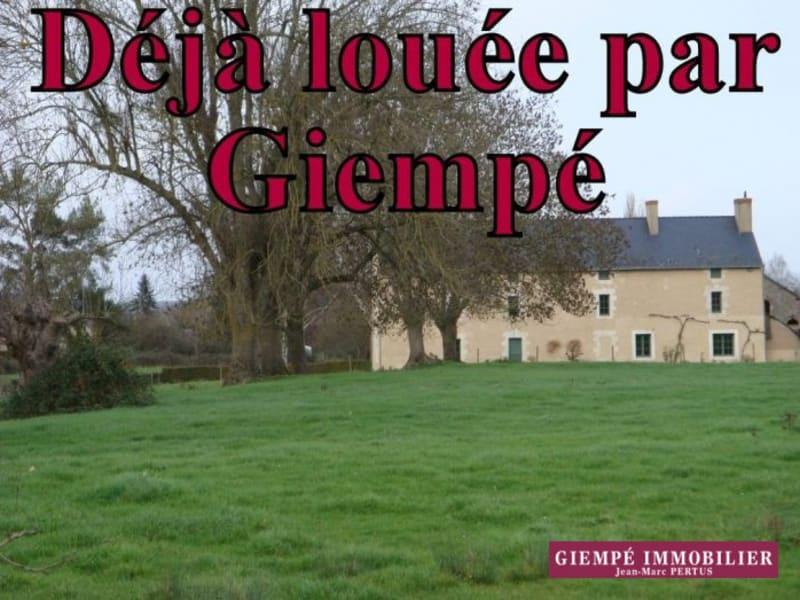 Rental house / villa Baugé 835€ CC - Picture 1