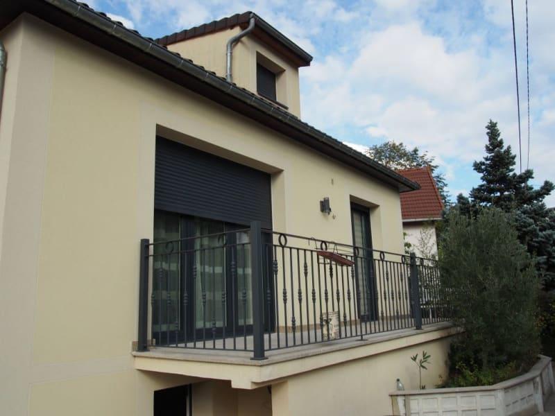 Sale house / villa Sucy en brie 690000€ - Picture 3