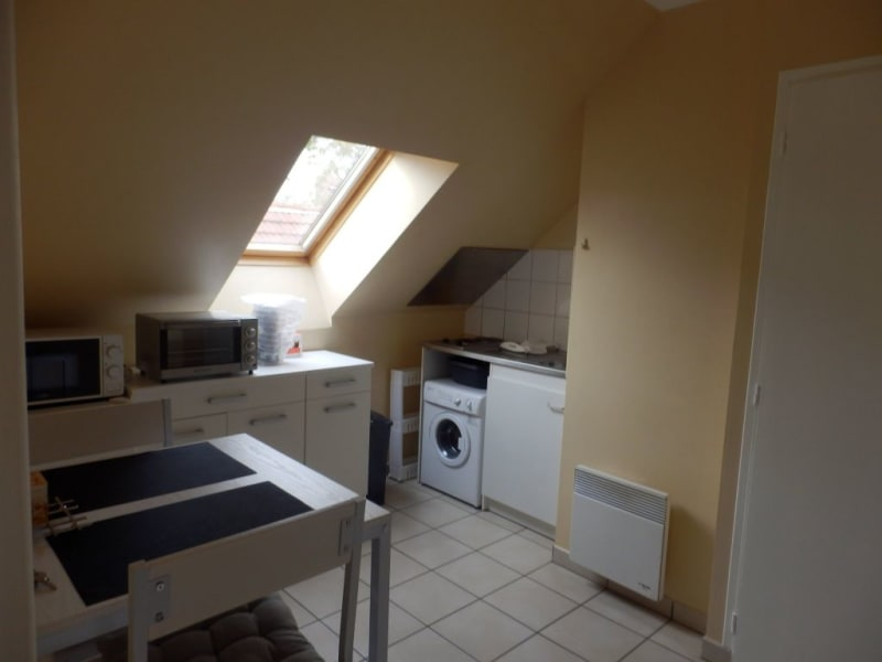 Location appartement Chalon sur saone 355€ CC - Photo 3