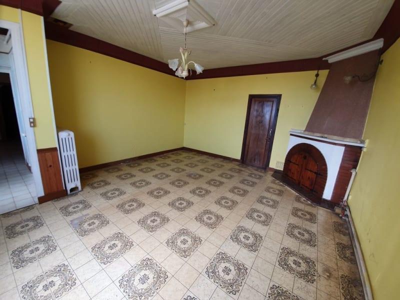 Sale house / villa Villeneuve la guyard 78500€ - Picture 2