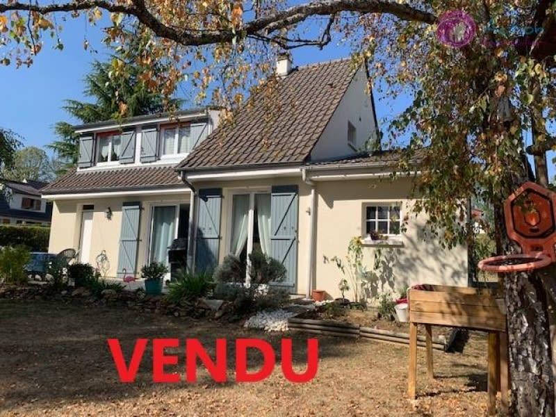 Sale house / villa Lesigny 439500€ - Picture 1
