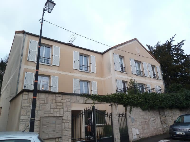 Rental apartment Andresy 999€ CC - Picture 2