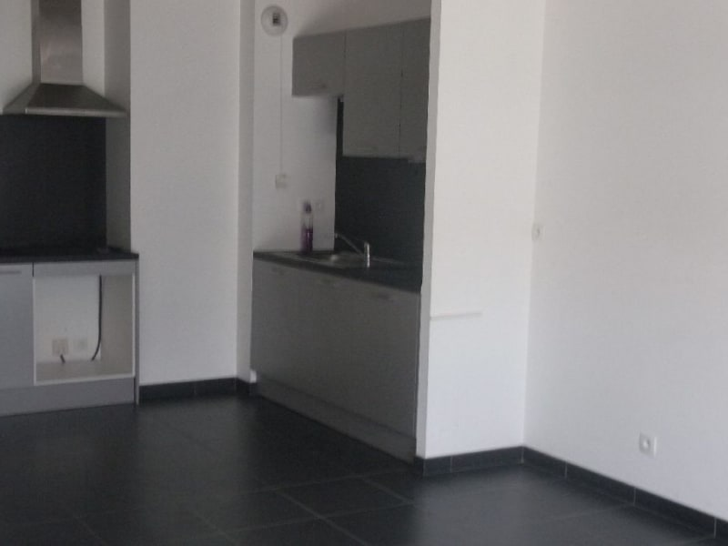 Rental apartment Launaguet 615€ CC - Picture 3