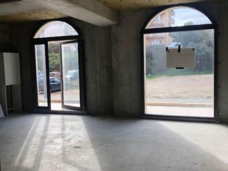 Rental empty room/storage Propriano 1083,33€ HC - Picture 2