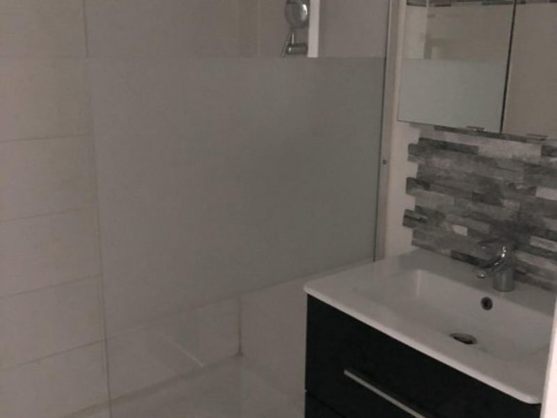 Rental apartment Neuilly en thelle 650€ CC - Picture 3