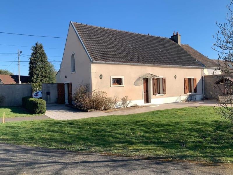 Sale house / villa Neuilly en thelle 256000€ - Picture 1
