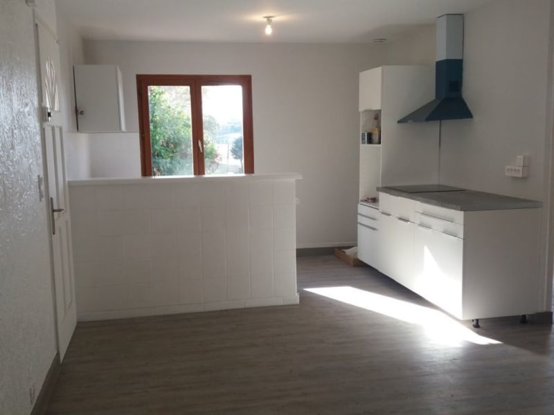 Rental apartment Beaumont sur leze 745€ CC - Picture 2