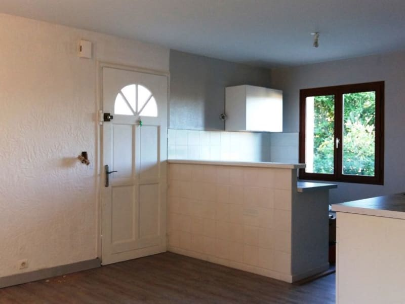Rental apartment Beaumont sur leze 745€ CC - Picture 5