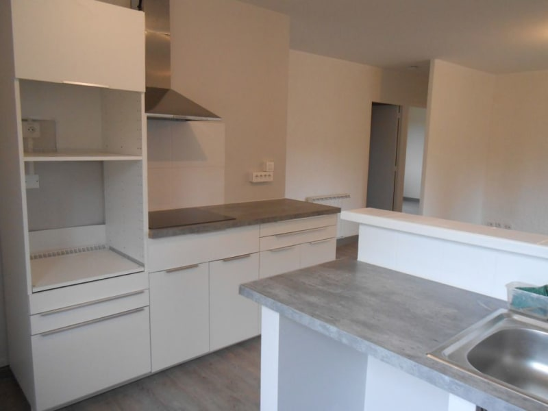 Rental apartment Beaumont sur leze 745€ CC - Picture 8