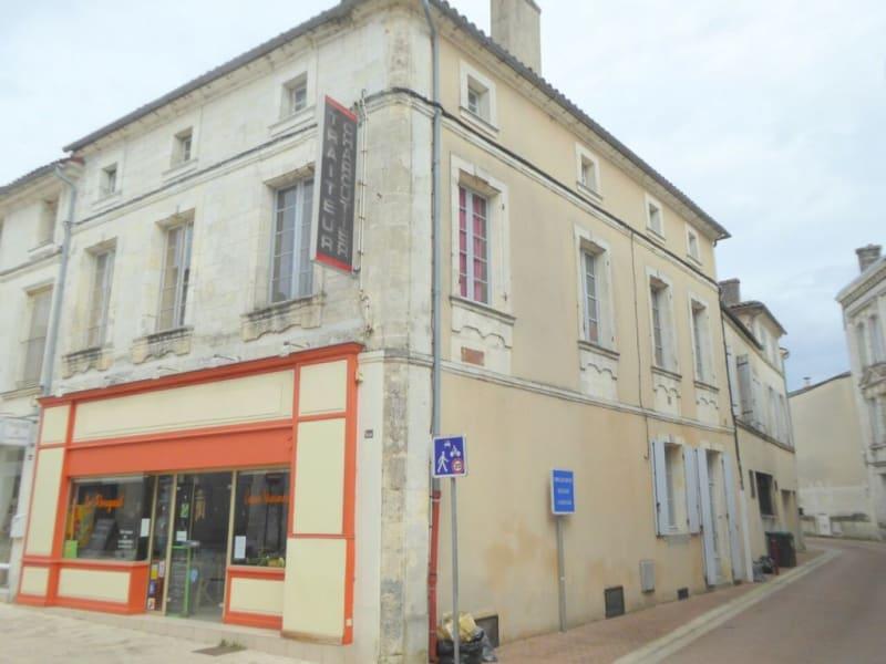 Vente immeuble Cognac 181560€ - Photo 1
