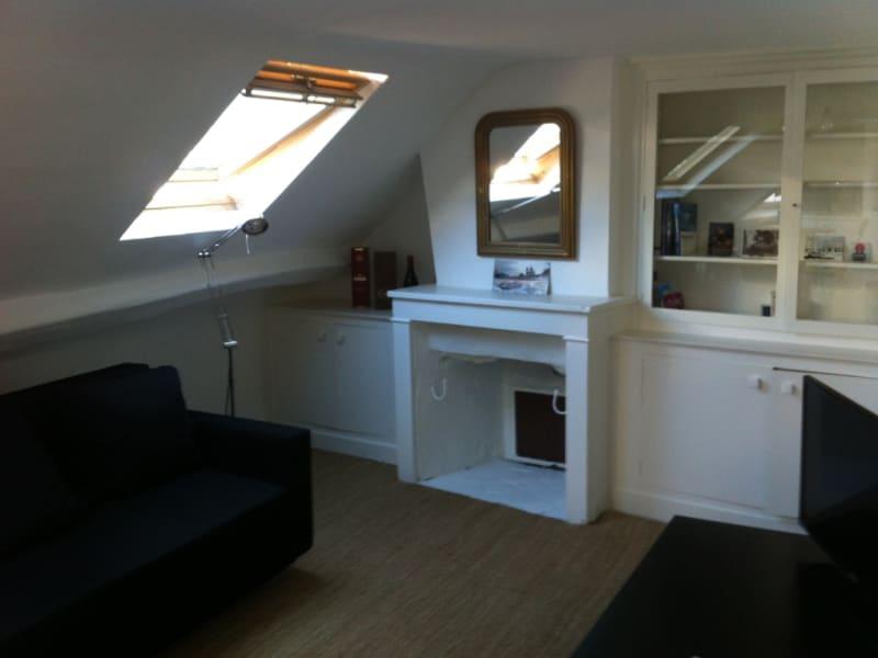 Location appartement Paris 8ème 1300€ CC - Photo 9
