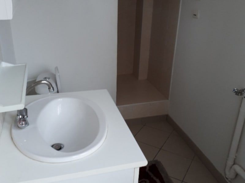 Rental apartment Saint quentin 350€ CC - Picture 4