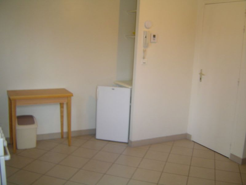 Rental apartment Saint quentin 350€ CC - Picture 6