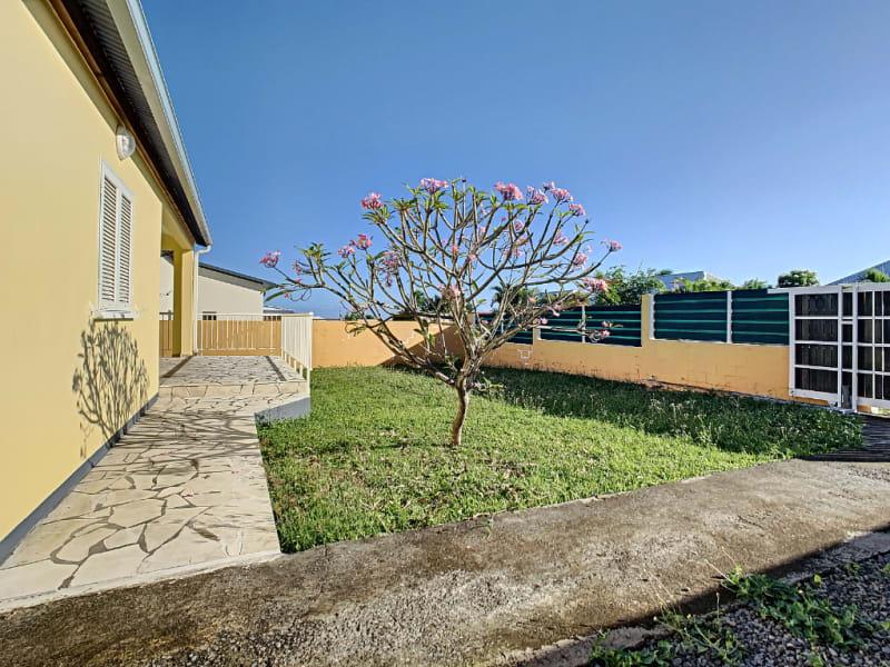 Rental house / villa Saint louis 1150€ CC - Picture 2