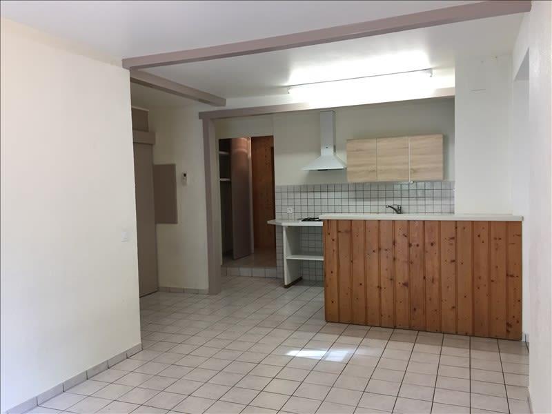 Rental apartment St pierre en faucigny 802€ CC - Picture 2