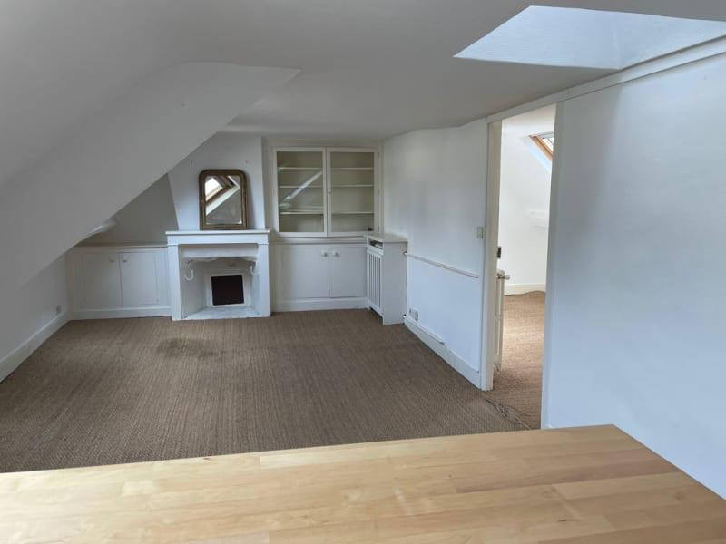 Location appartement Paris 8ème 1300€ CC - Photo 18