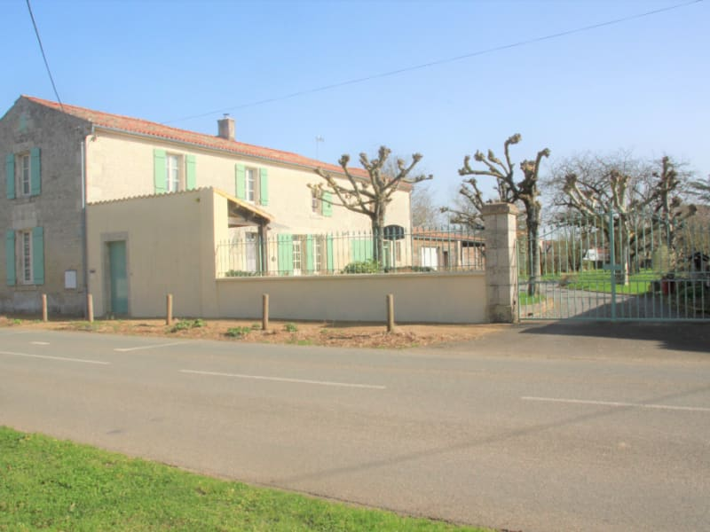 Maison en pierres Rives d'Autise 'Oulmes' 7 pièce(s) 140 m2