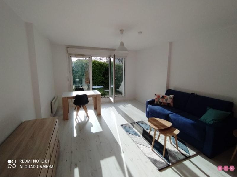 Location appartement Poissy 670€ CC - Photo 3