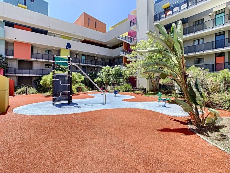 Rental apartment Saint pierre 890€ CC - Picture 8