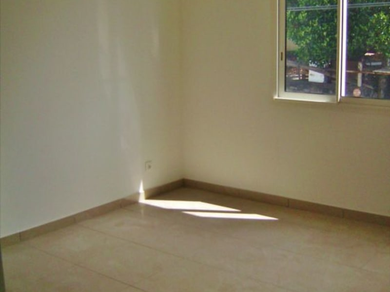 Rental apartment Saint denis 705€ CC - Picture 6