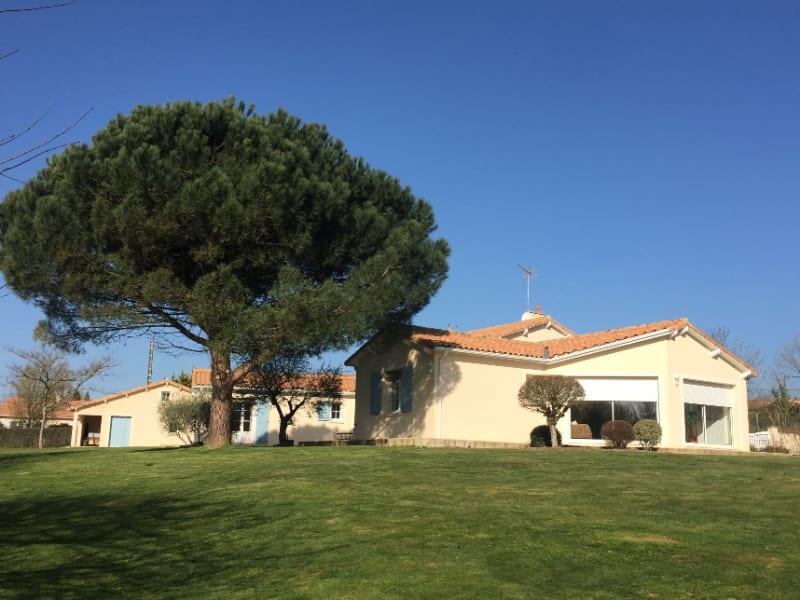 Vente maison / villa Saint pardoux 374900€ - Photo 1