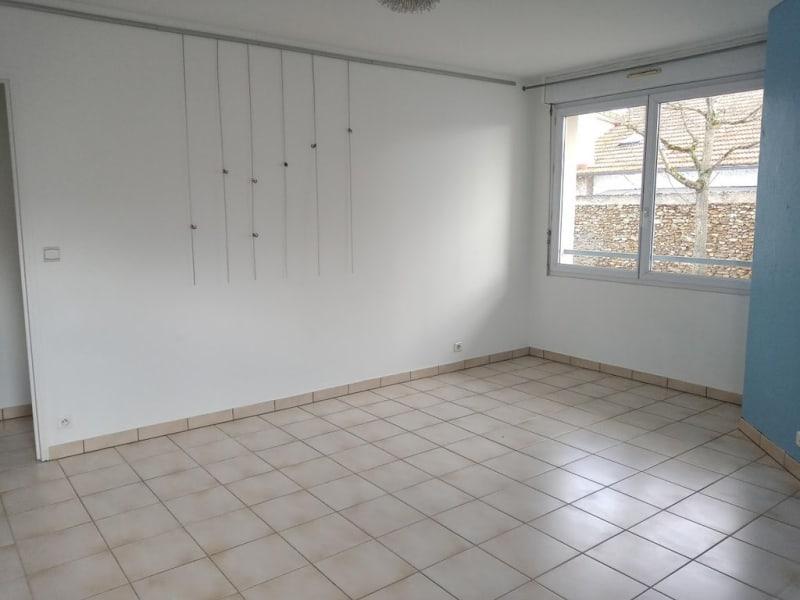 Alquiler  apartamento La ville-du-bois 695€ CC - Fotografía 3