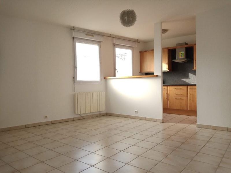 Alquiler  apartamento La ville-du-bois 695€ CC - Fotografía 1