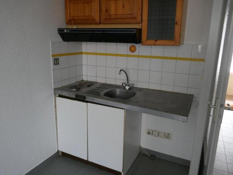 Rental apartment Montreal la cluse 380€ CC - Picture 2