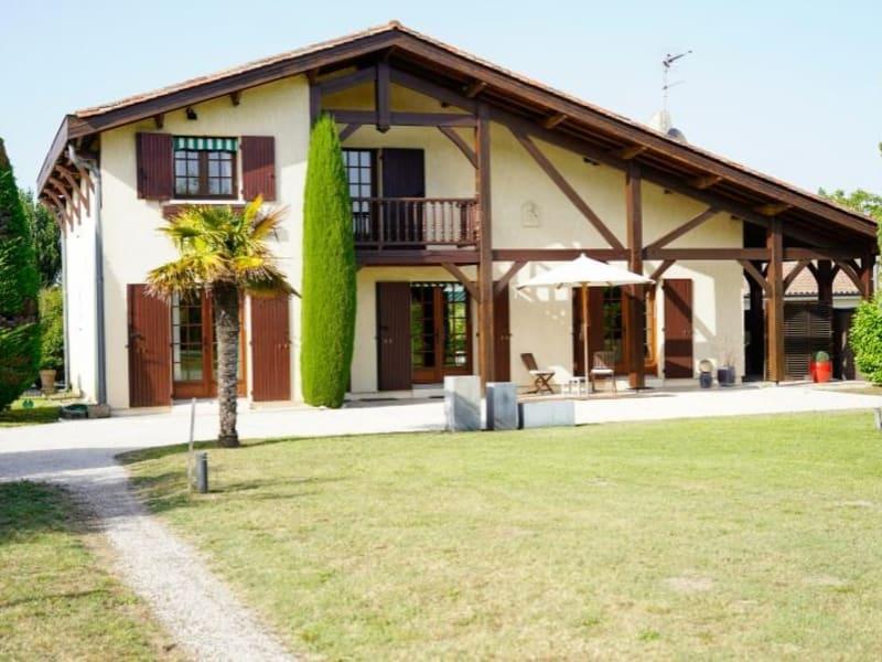 Sale house / villa St andre de cubzac 325000€ - Picture 1