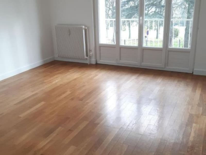 Location appartement Gleize 783€ CC - Photo 4