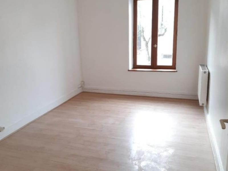 Location maison / villa Belleville en beaujolais 750€ CC - Photo 6