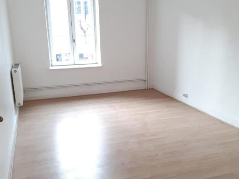 Location maison / villa Belleville en beaujolais 750€ CC - Photo 7