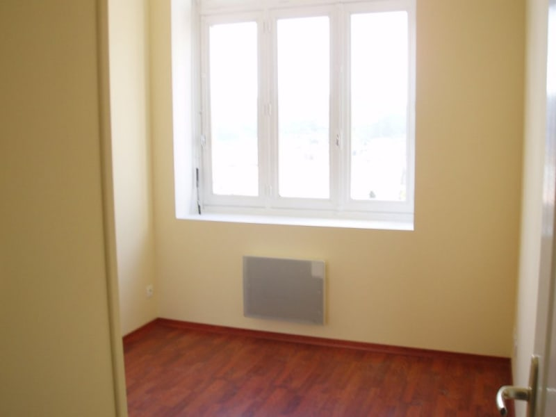 Rental apartment St vallier 415€ CC - Picture 2