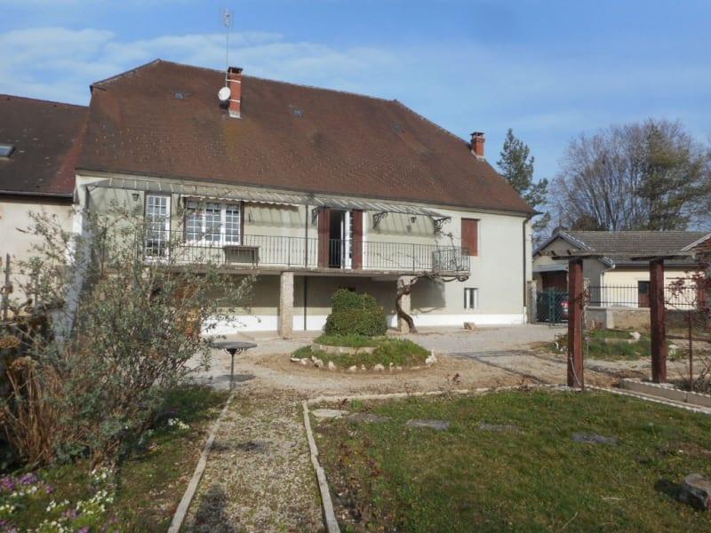 Sale house / villa Lons le saunier 185000€ - Picture 1